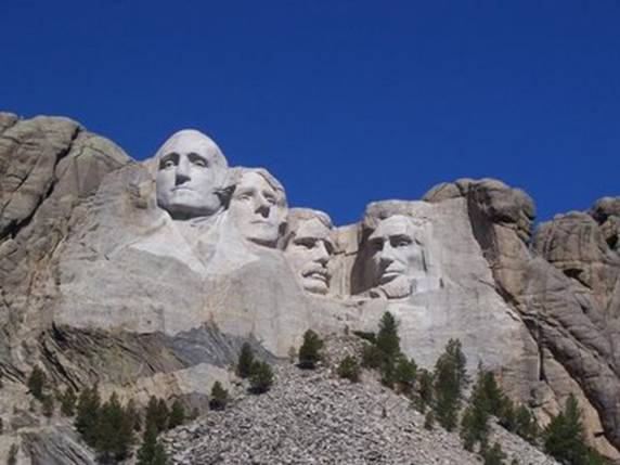Mount Rushmore - front