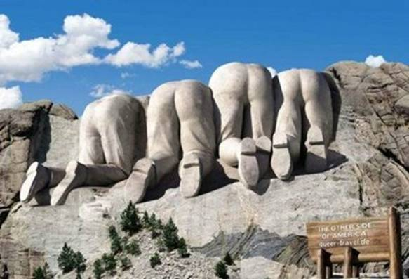 Mount Rushmore – front and back